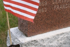uslss-grave-marker-with-flag